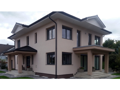 Kész házak